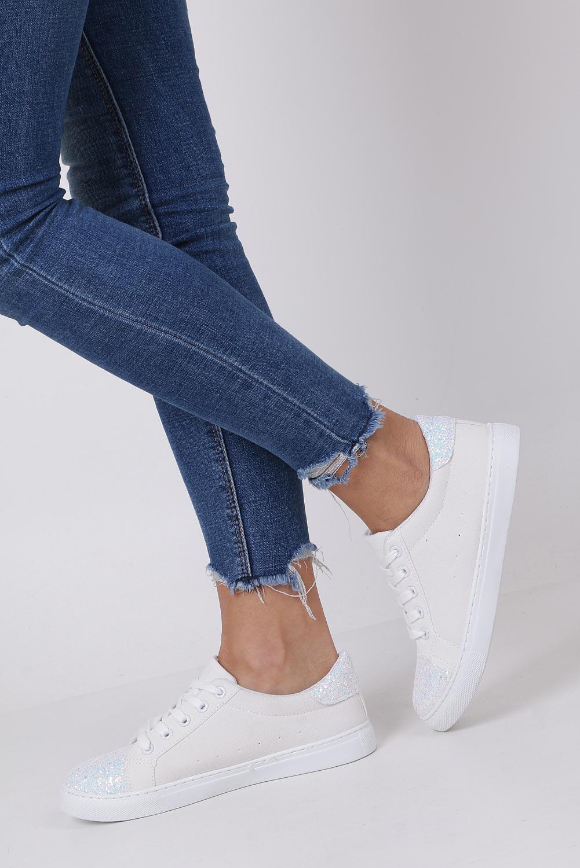 Białe buty sportowe z brokatem sznurowane Casu TL82-3 kolor biały