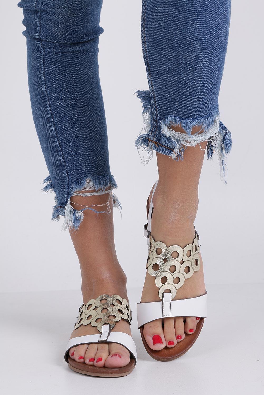 Białe lekkie sandały płaskie ażurowe błyszczące Casu K19X14/W