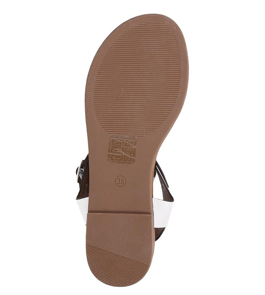 Białe lekkie sandały płaskie z błyszczącym paskiem Casu K19X13/W wnetrze skóra ekologiczna