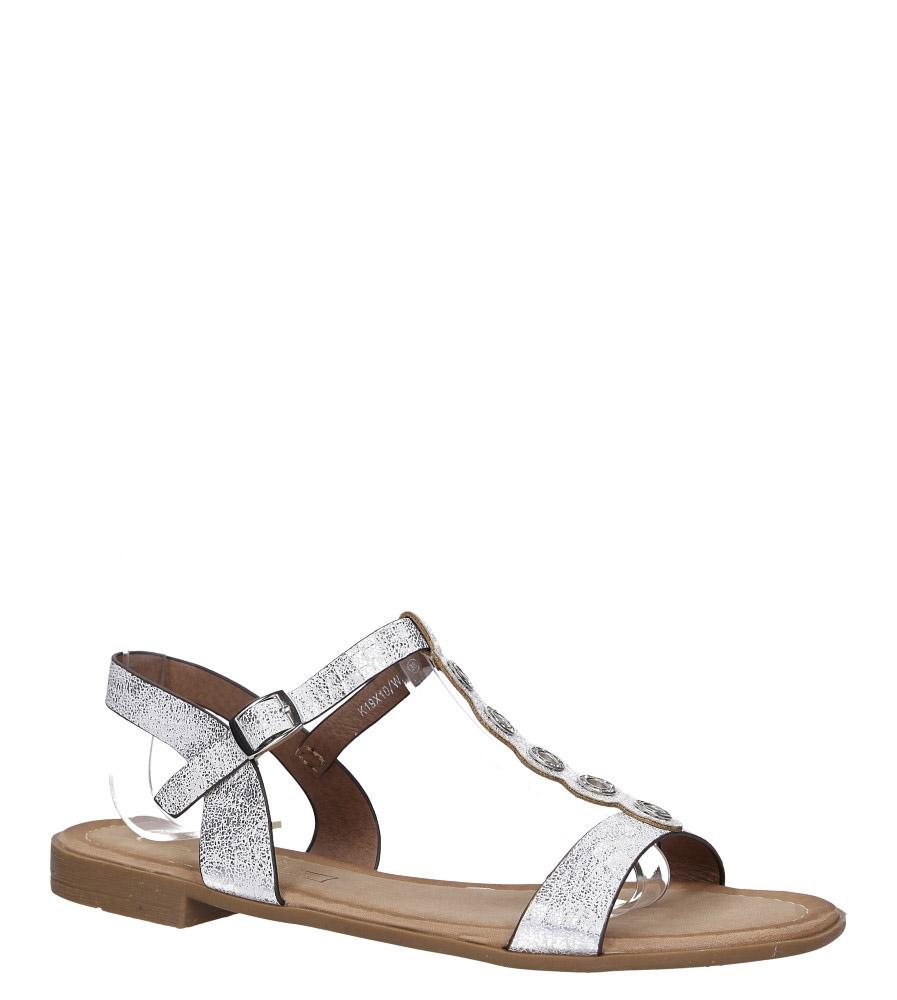 Białe lekkie sandały płaskie z paskiem przez środek i cyrkoniami Casu K19X10/W