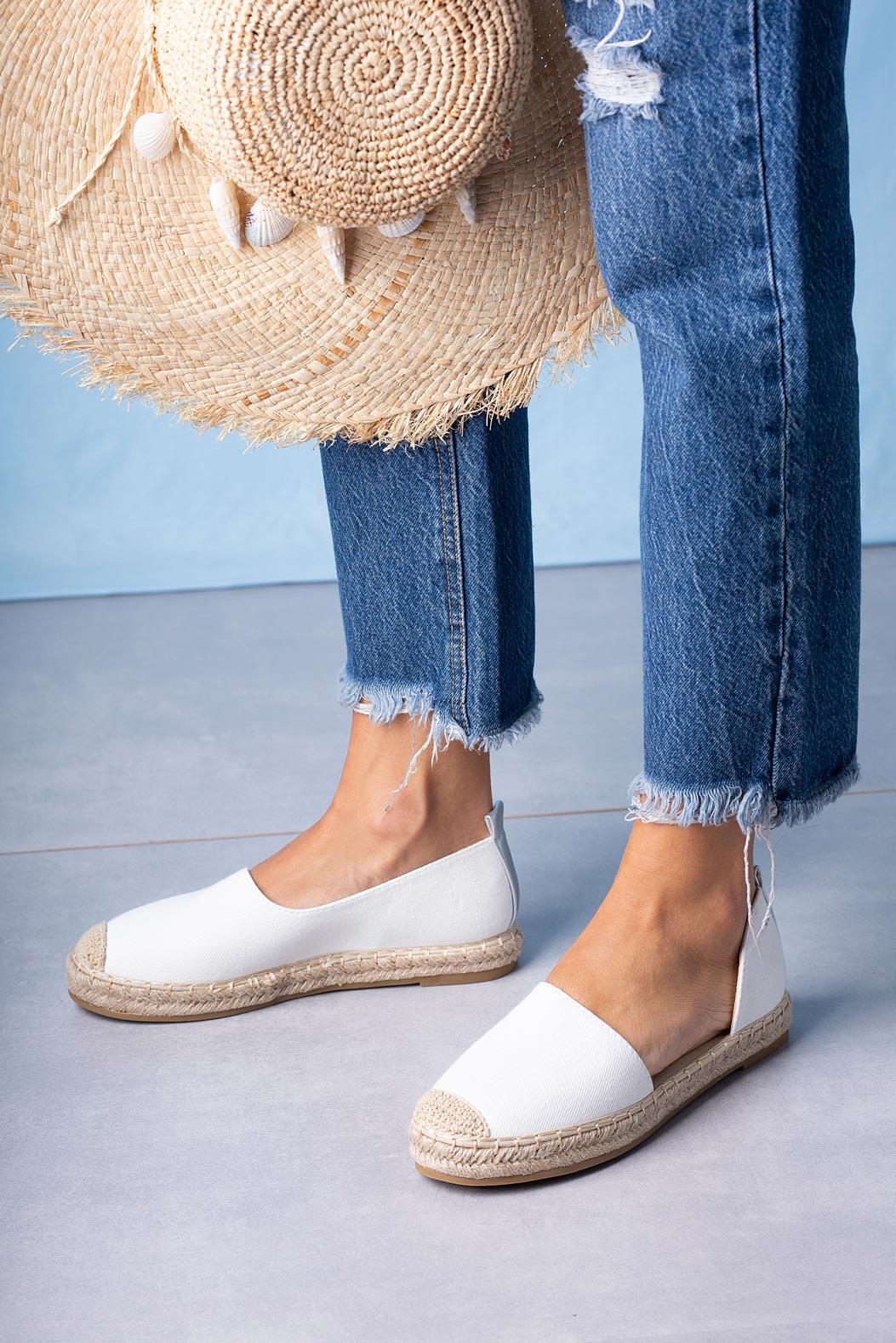 Białe półbuty espadryle jeansowe z wycięciem Casu A20X6/W biały