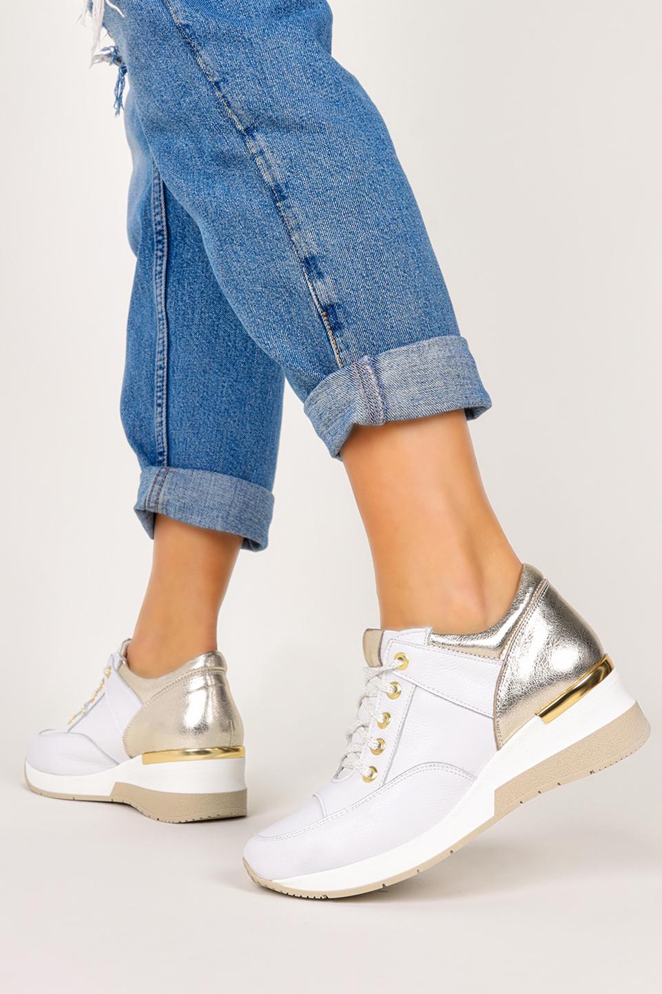 Białe sneakersy Casu buty sportowe sznurowane na koturnie polska skóra 420/B biały