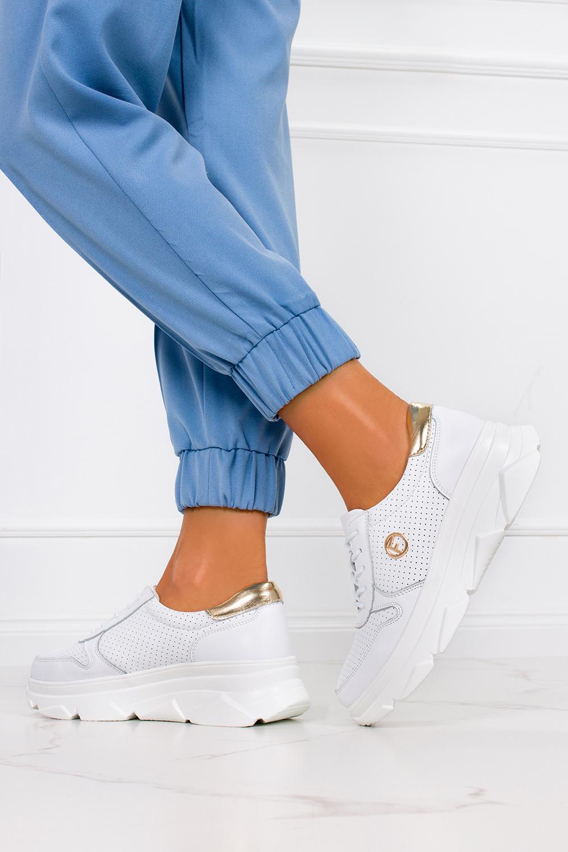 Białe sneakersy Filippo ażurowe buty sportowe skórzane na platformie sznurowane DP2138/21WH biały