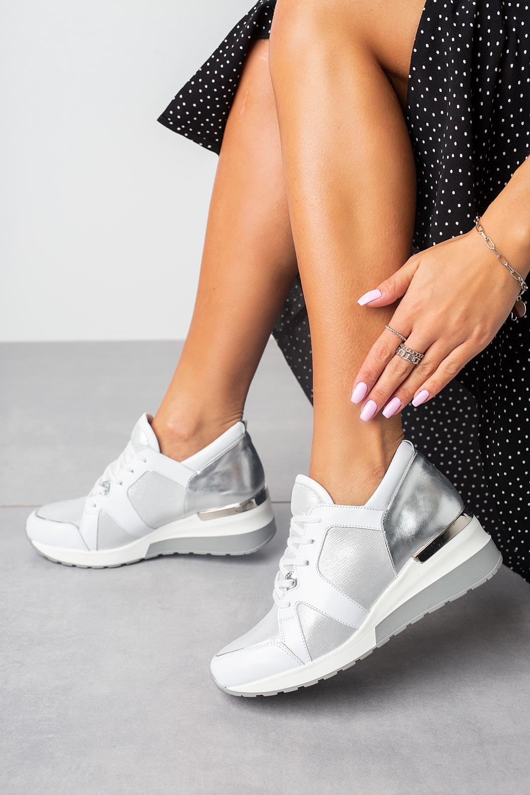 Białe sneakersy Kati buty sportowe sznurowane 7023 biały