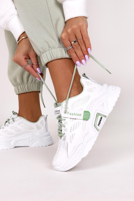 Białe sneakersy na platformie buty sportowe sznurowane Casu 21F1/WG biały