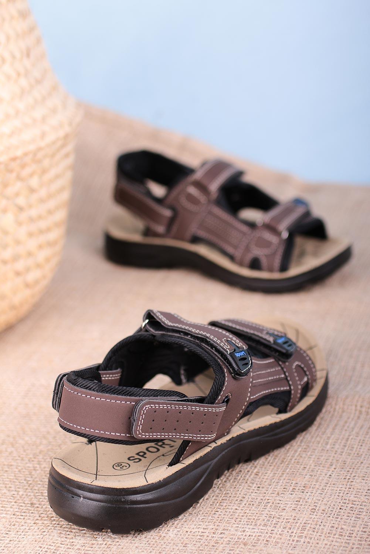 Brązowe sandały na rzepy Casu W90071