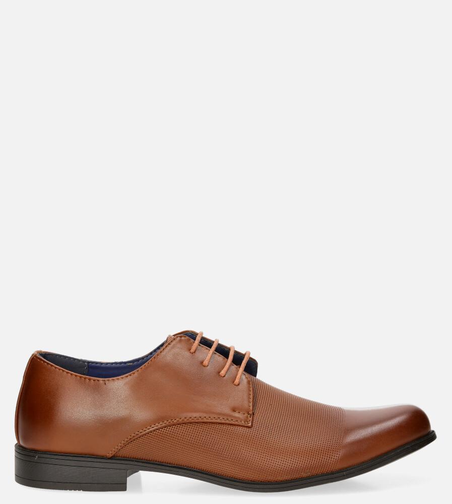 Camelowe buty wizytowe sznurowane Casu MXC410