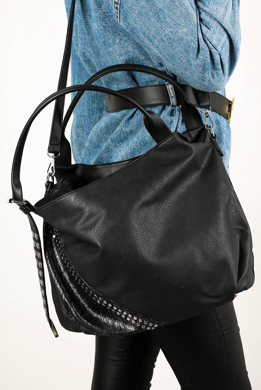 Czarna torebka z nitami Casu AC-53