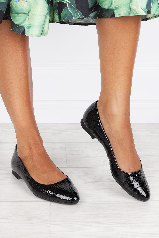 Czarne baleriny Maciejka lakierowane wzór węzowy polska skóra 00873-46/00-5 czarny