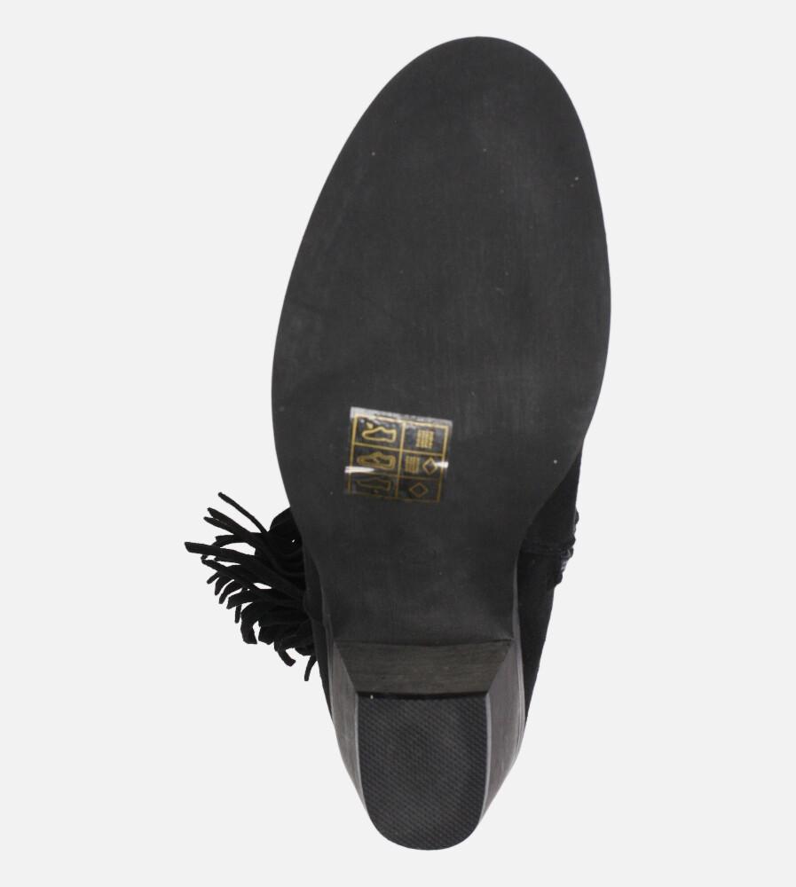 Czarne botki kowbojki z frędzlami na niskim obcasie Casu D20X24/B wierzch zamsz ekologiczny