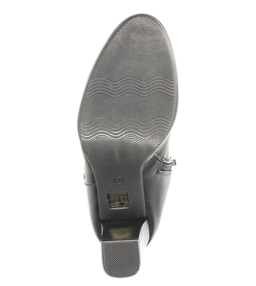 Czarne botki na słupku z metalową ozdobą Jezzi FAF125-2 wnetrze futerko