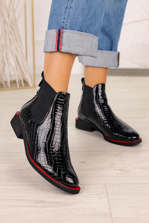 Czarne botki sztyblety lakierowane krokodyli wzór polska skóra Casu 4041 czarny