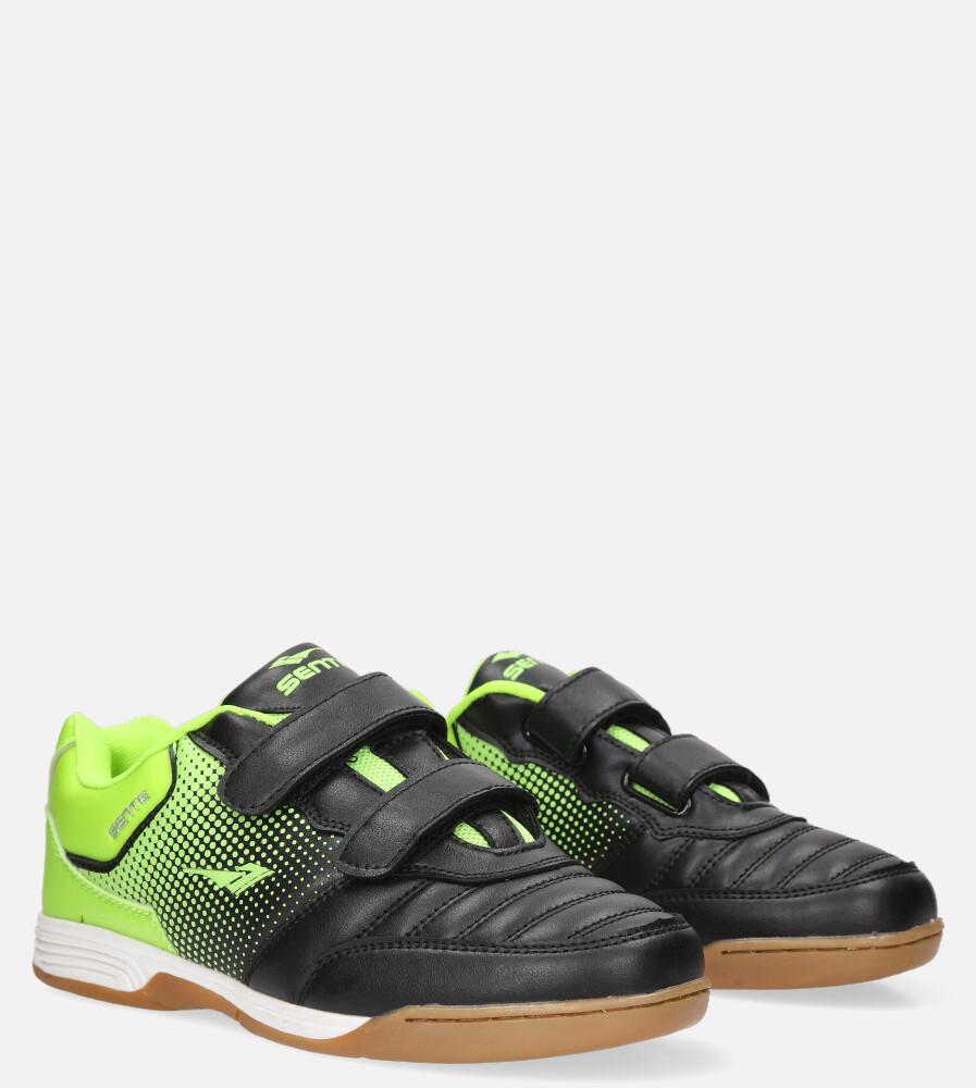 Czarne buty sportowe halówki na rzepy Casu A1601B-2 czarny