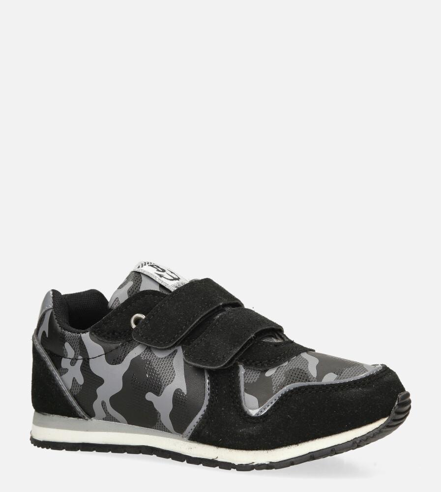 Czarne buty sportowe na rzep Casu 20T2/M