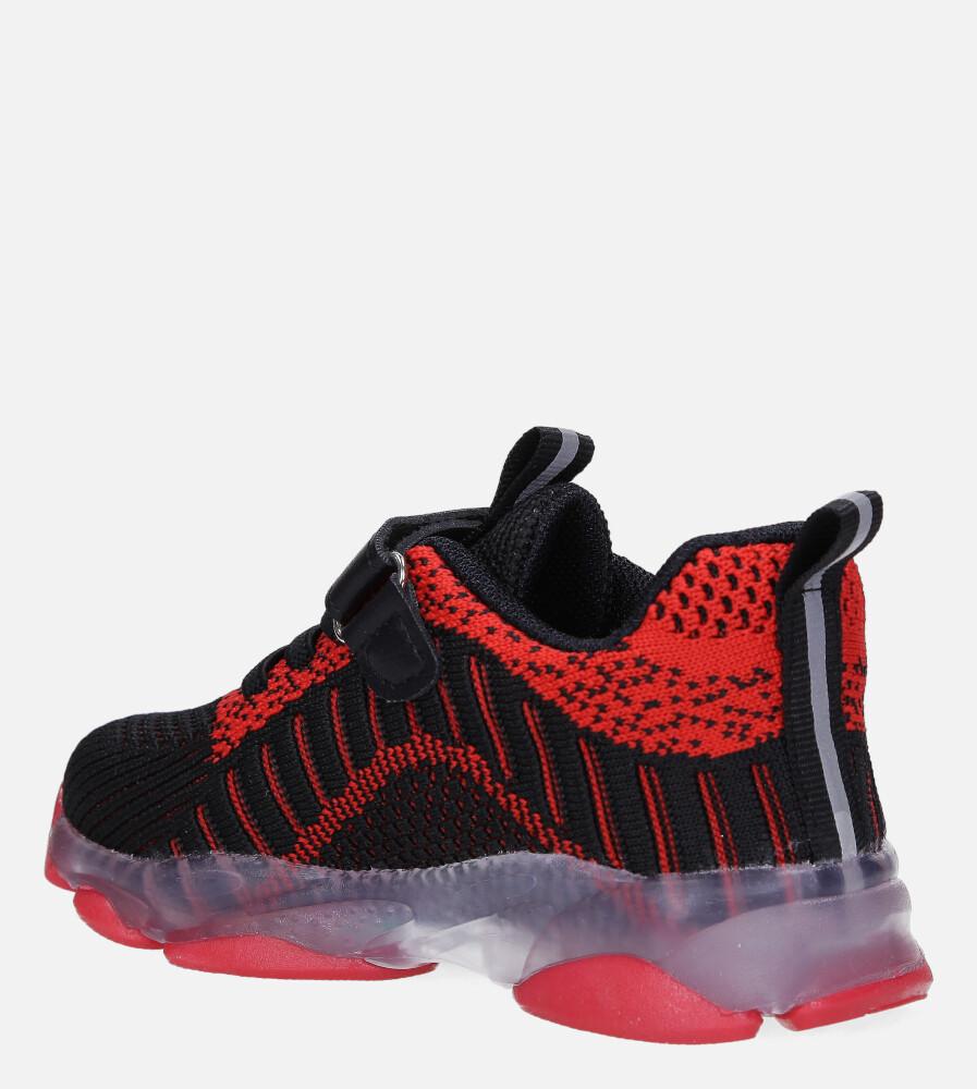 Czarne buty sportowe na rzep Casu 706 kolor czarny, czerwony