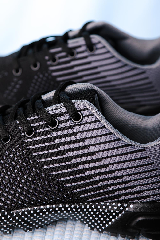 Czarne buty sportowe sznurowane Casu CH017-2 czarny