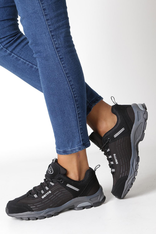 Czarne buty sportowe sznurowane softshell Casu B1528-1