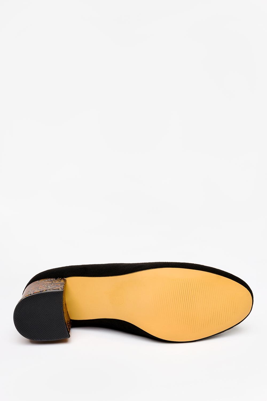 Czarne czółenka Casu na ozdobnym słupku ze skórzaną wkładką D21X20/B wierzch zamsz ekologiczny