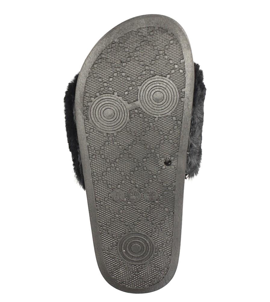 Czarne klapki z futerkiem Casu 232-1 material_obcasa wysokogatunkowe tworzywo
