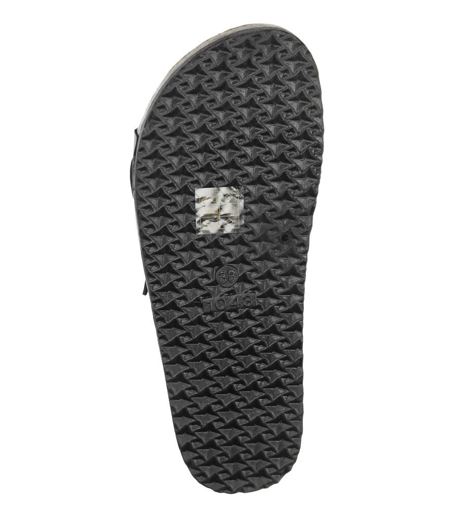 Czarne klapki zdrowotne z dwoma paskami z komfortową skórzaną wkładką i profilowaną korkową podeszwą Casu B18X2/B wys_calkowita_buta 10.5 cm