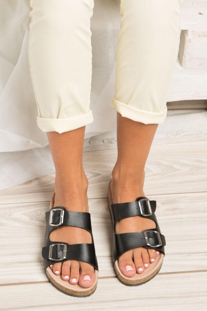 Czarne klapki zdrowotne z dwoma paskami z komfortową skórzaną wkładką i profilowaną korkową podeszwą Casu B18X2/B wnetrze skóra ekologiczna