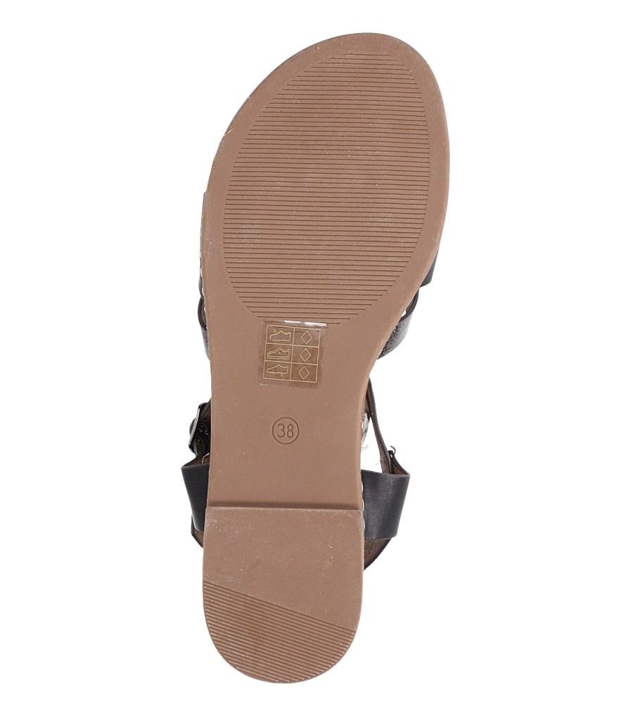Czarne lekkie sandały płaskie z paskiem przez środek Casu K19X12/B wnetrze skóra ekologiczna