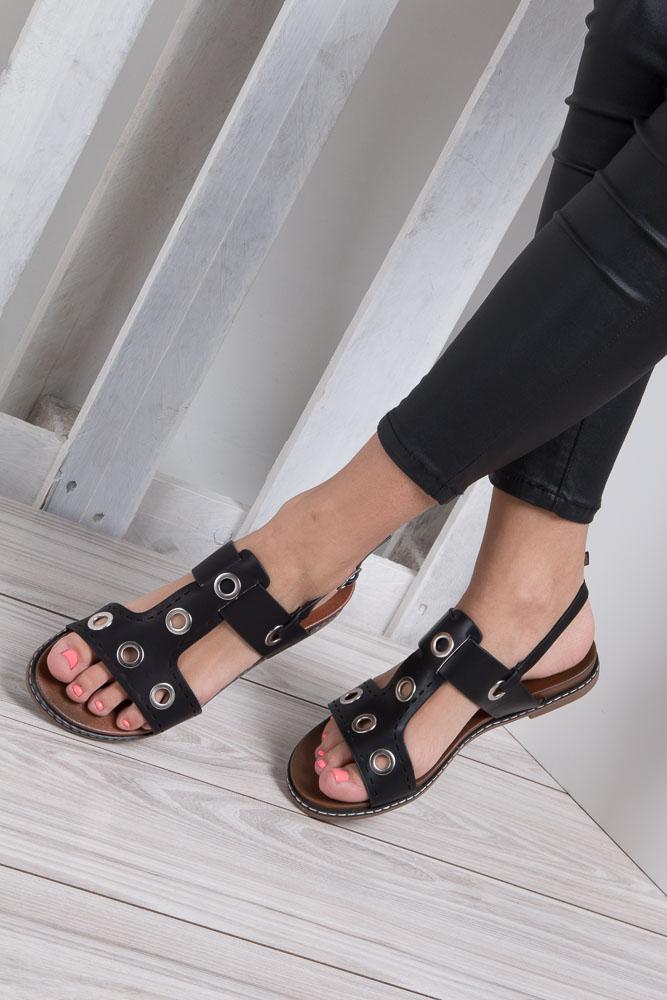 Czarne modne sandały z ozdobnymi metalowymi kółkami Casu K18X2/B wkladka skóra ekologiczna