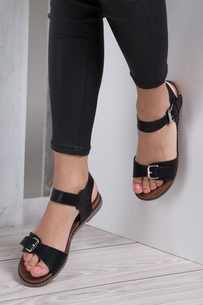 Czarne modne sandały ze srebrnymi klamrami Casu K18X12/B wnetrze skóra ekologiczna
