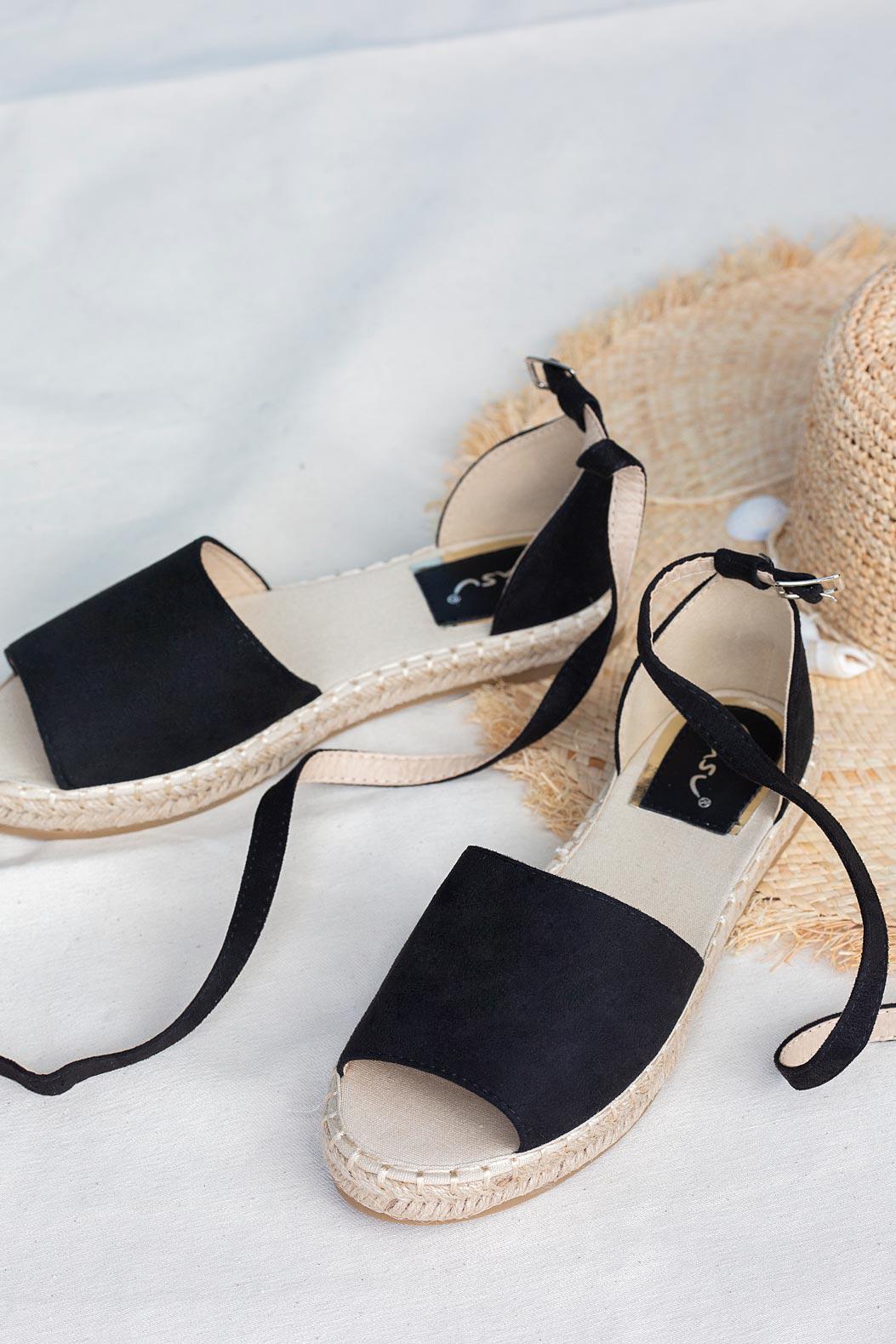 Czarne sandały espadryle z zakrytą piętą i paskiem wokół kostki Casu A20X5/B