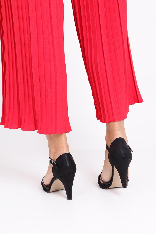 Czarne sandały karnawałowe z zakrytą piętą Casu 7-W308A kolor czarny
