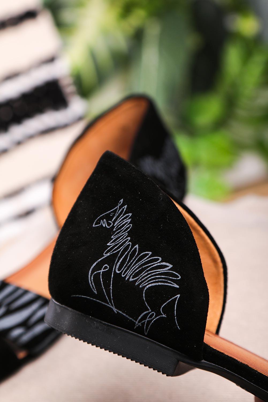 Czarne sandały Maciejka skórzane z zakrytą piętą paski na krzyż zebra 3615A-01/00-5 czarny