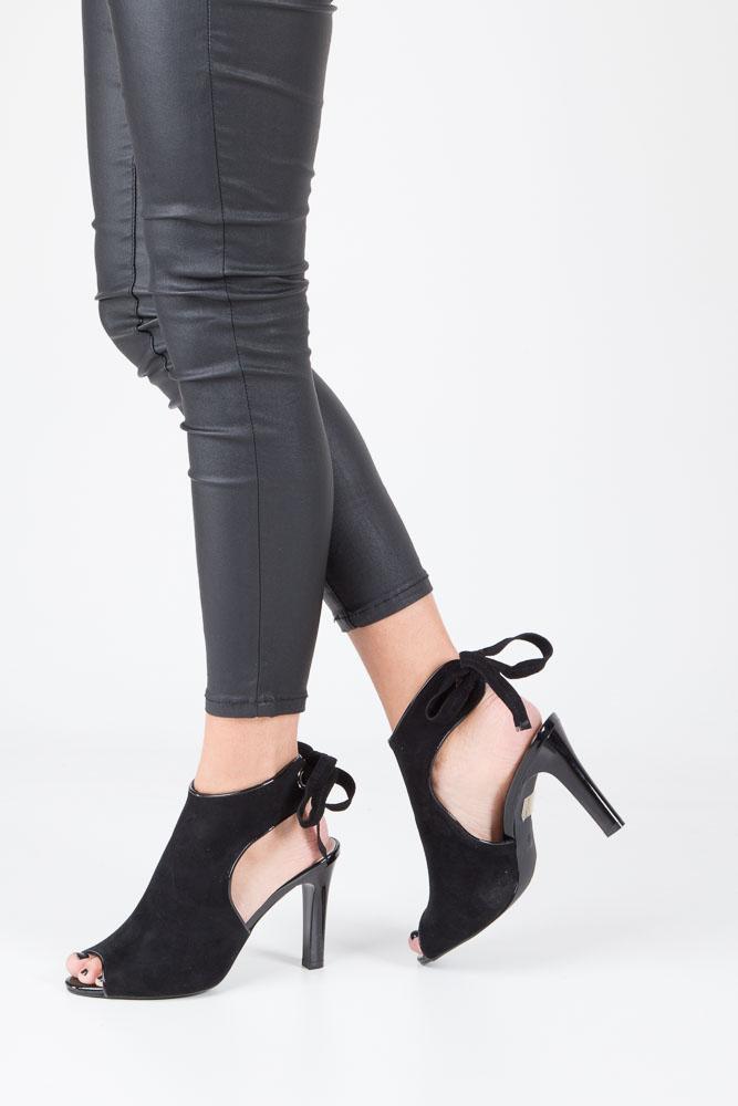 Czarne sandały na obcasie z kokardą Sergio Leone 1493