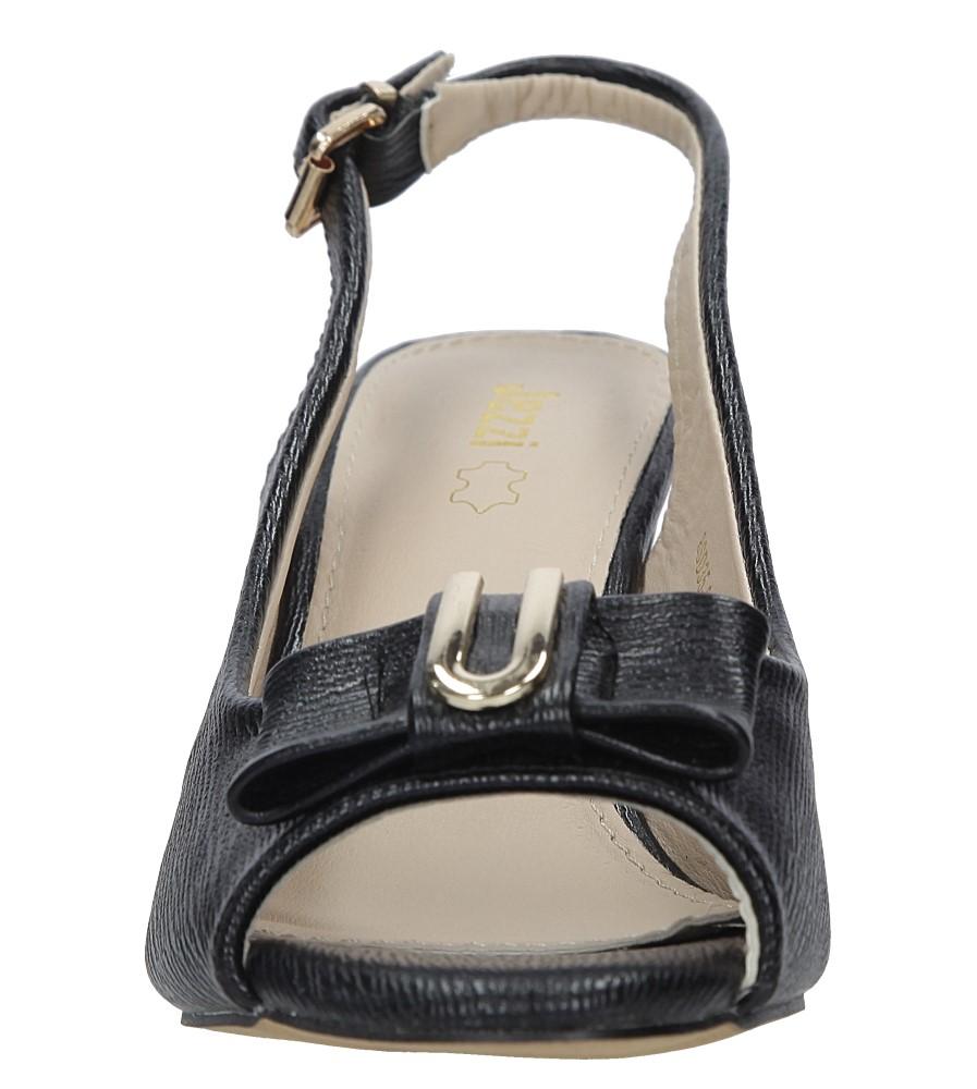 Czarne sandały na obcasie z kokardką Jezzi 8SD35 0335