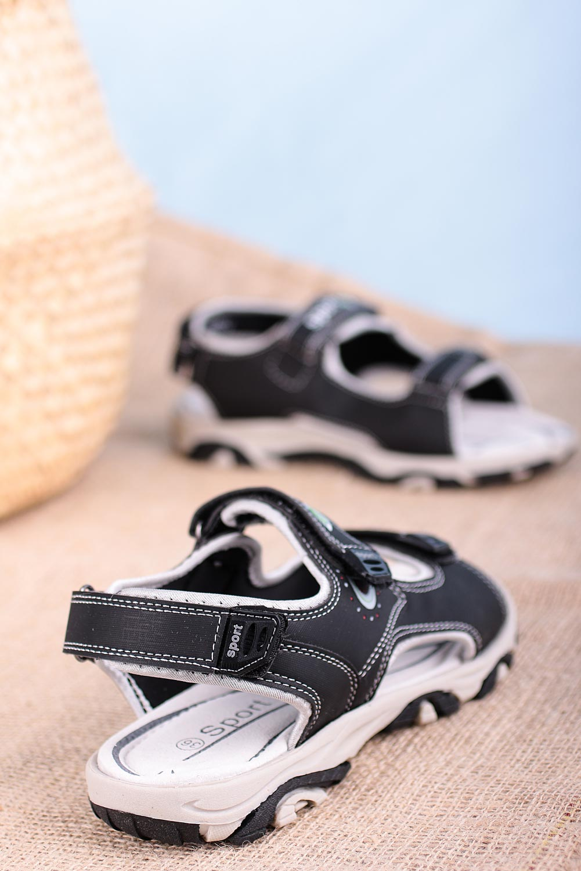 Czarne sandały na rzepy Casu H6904