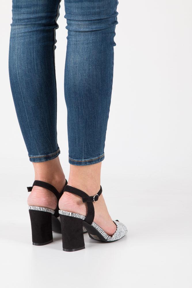 Czarne sandały na szerokim obcasie zebra Sergio Leone  SK820-01X wys_calkowita_buta 18.5 cm