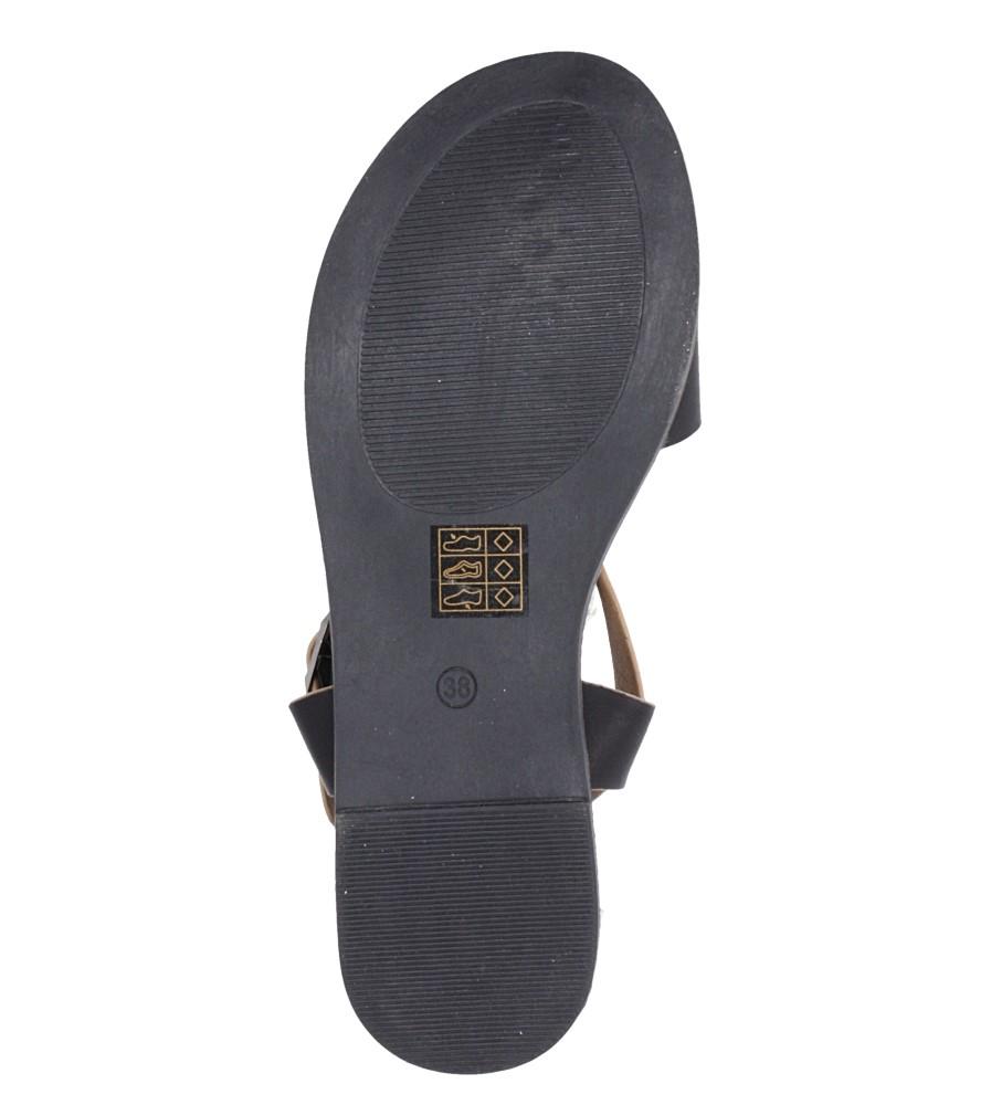 Czarne sandały płaskie z łańcuszkiem i ozdobną klamrą Casu K19X4/B wnetrze skóra ekologiczna