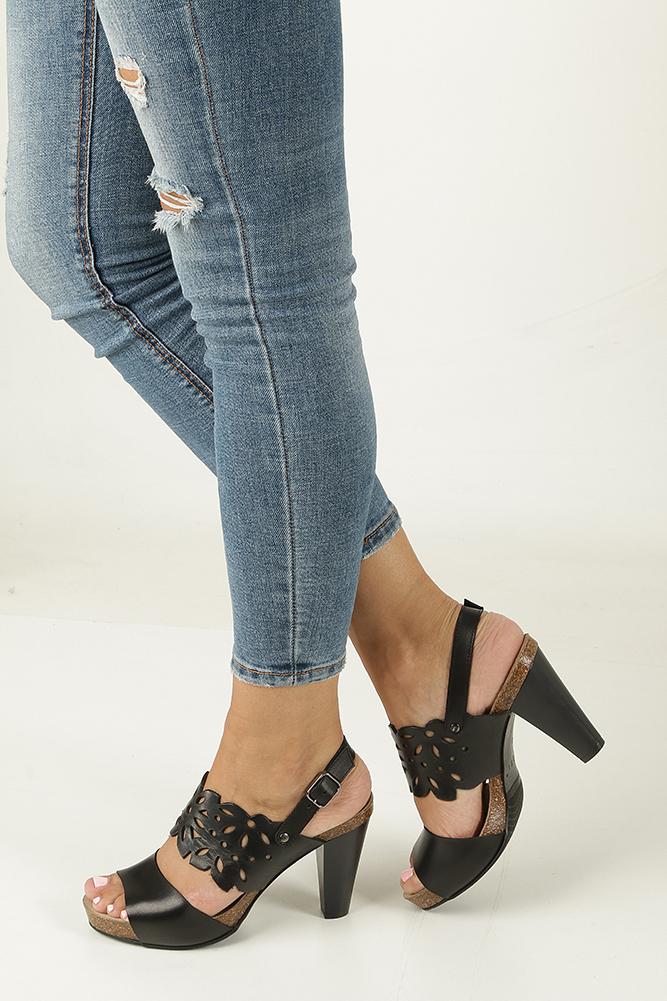Czarne sandały skórzane ażurowe na słupku Nessi 18342