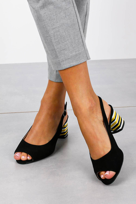 Czarne sandały skórzane na ozdobnym szerokim obcasie Casu DS-346/A kolor czarny