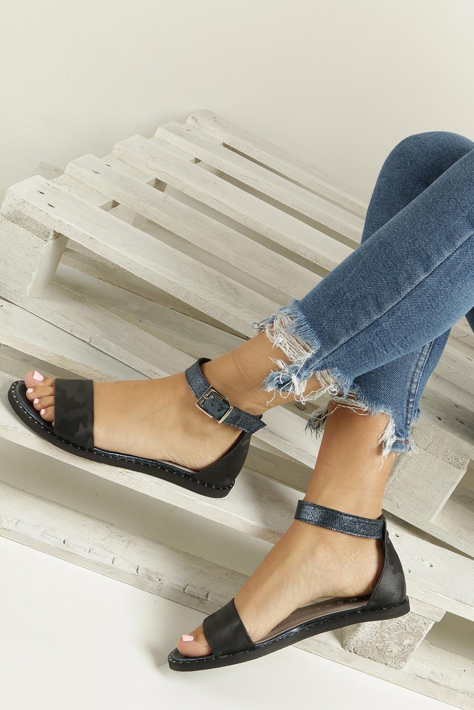 ddbdb3f96dbf ... wierzch skóra  Czarne sandały skórzane płaskie moro z paskiem wokół  kostki Nessi 18372 wnetrze skóra ...