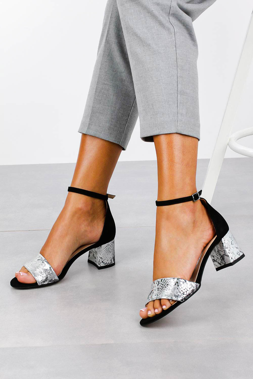 Czarne sandały skórzane z paskiem wokół kostki na szerokim ozdobnym słupku Casu DS-252/A producent Casu