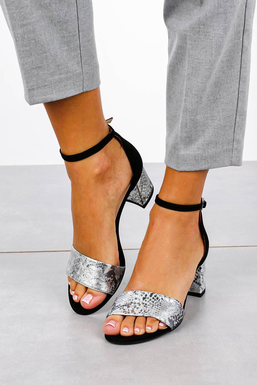 Czarne sandały skórzane z paskiem wokół kostki na szerokim ozdobnym słupku Casu DS-252/A kolor czarny, srebrny