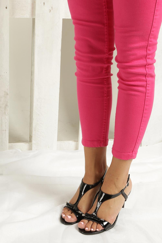 Czarne sandały szpilki lakierowane Jezzi SA124-1 wnetrze skóra ekologiczna