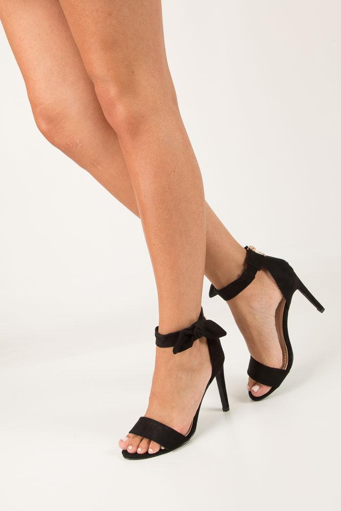 Czarne sandały szpilki z kokardą Casu S-338 czarny