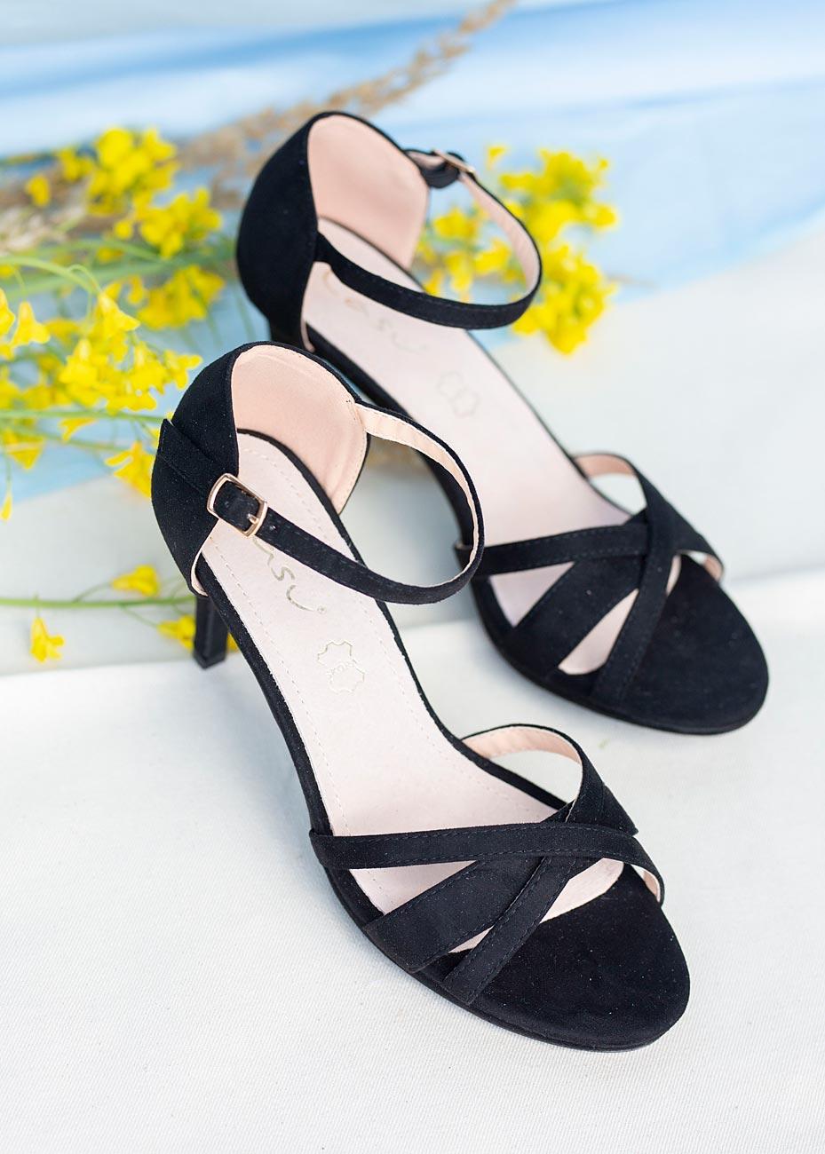 Czarne sandały szpilki z zakrytą piętą ze skórzaną wkładką Casu ER20X3/B czarny