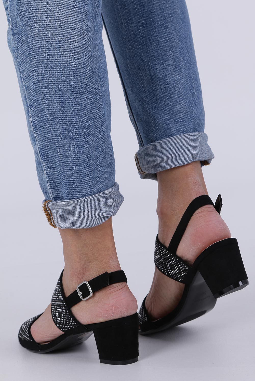 Czarne sandały z nitami na szerokim niskim słupku Sergio Leone SK799 wysokosc_obcasa 6 cm