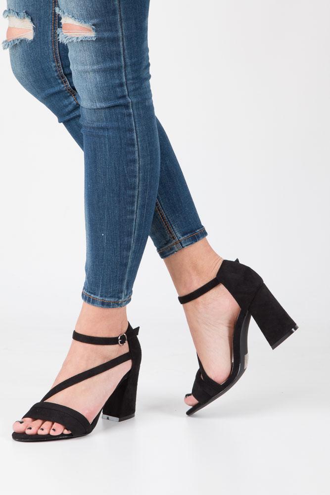 Czarne sandały z paskiem na szerokim obcasie Sergio Leone SK821-01M