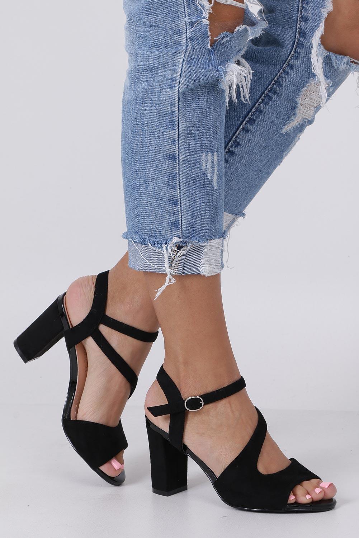 91684543233f0 Czarne sandały z paskiem przez środek na szerokim słupku Sergio Leone SK868  producent Sergio Leone