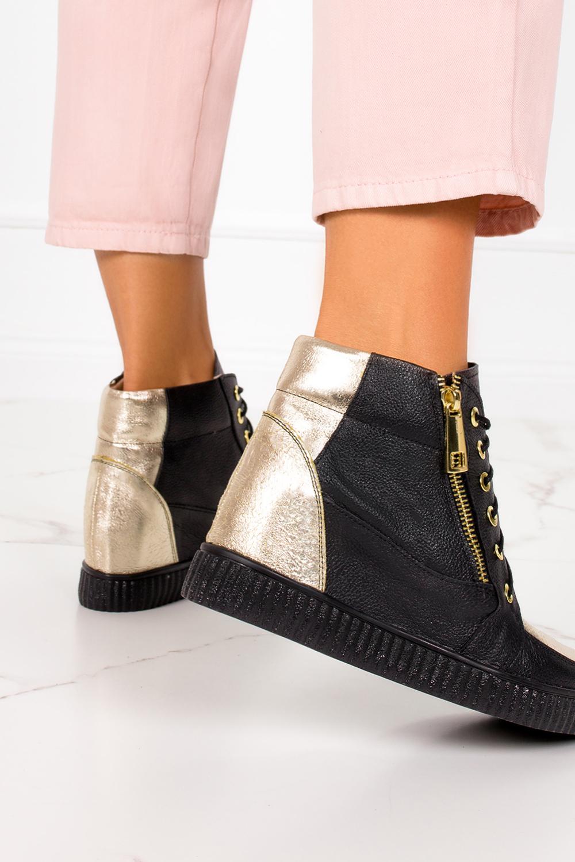Czarne sneakersy Casu na ukrytym koturnie polska skóra 2351