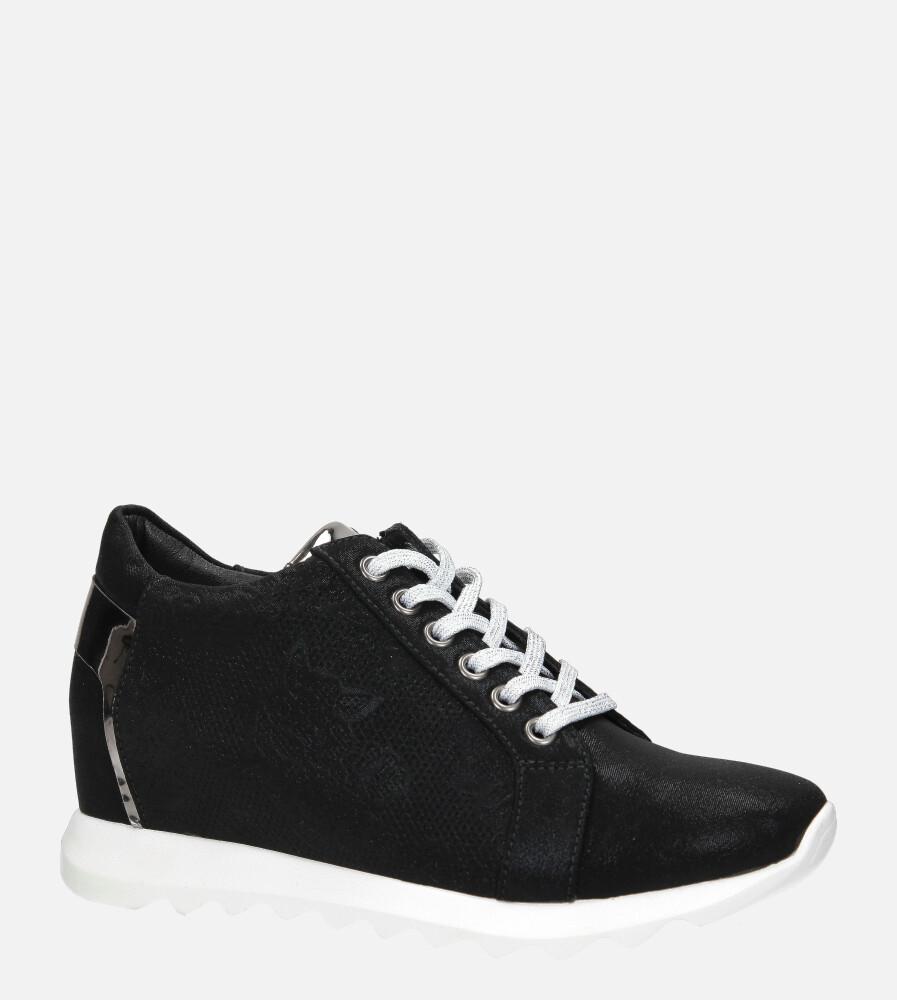 Czarne sneakersy Jezzi na ukrytym koturnie sznurowane ASA170-1 czarny