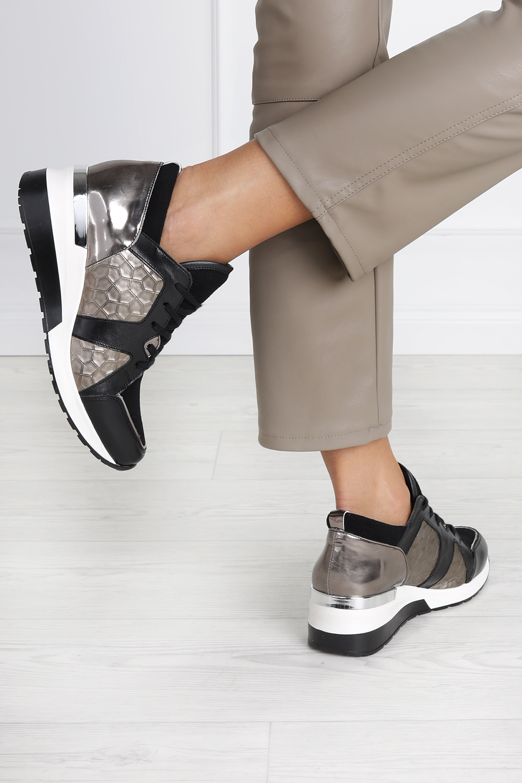 Czarne sneakersy Kati buty sportowe sznurowane polska skóra 7023 czarny